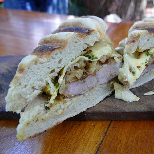 Sándwiches y Hamburguesas con Panes Caseros